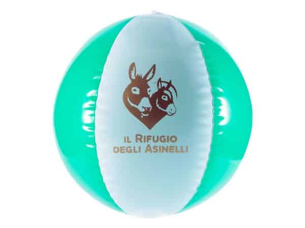 Green and white beach ball with Il Rifugio degli Asinelli logo
