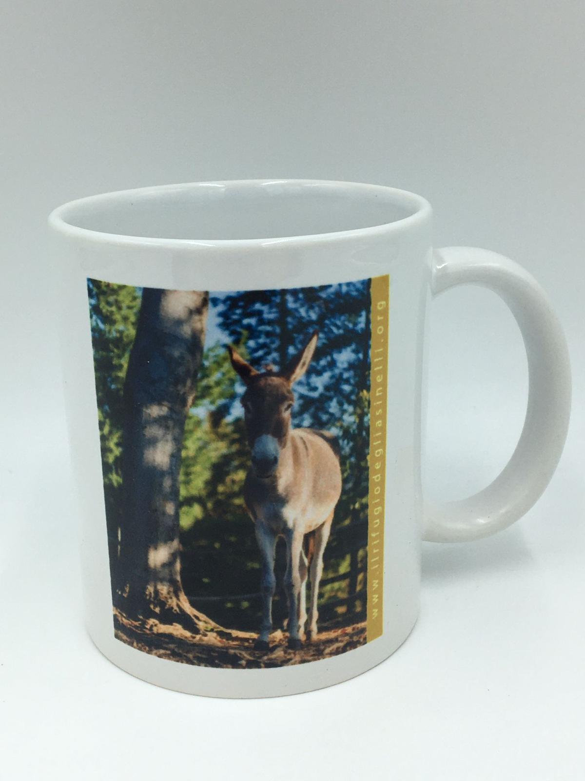 Ceramic mug with image of Viola